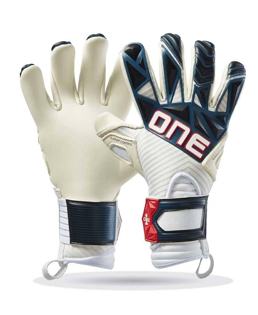 One Gloves SLYR Super '70 goalkeeper gloves