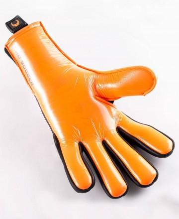 Seamless soccer goalkeeper gloves