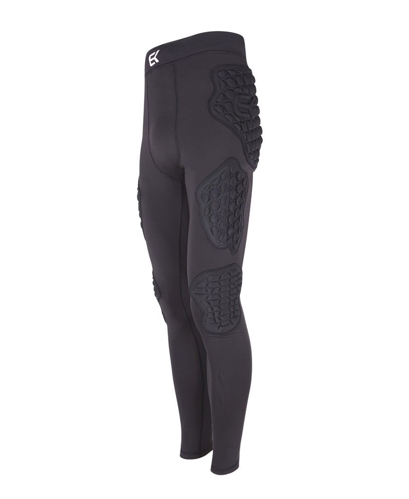 Goalkeeper net with EK 3D PROTECTION PANT protections