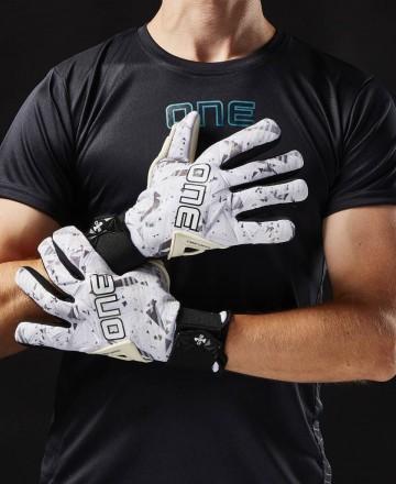 goalkeeper gloves one