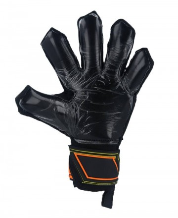 Goalkeeper gloves for kids with Extension cut